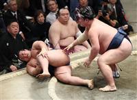 千代の国と琴勇輝、負傷し車いす 2番連続 大相撲初場所