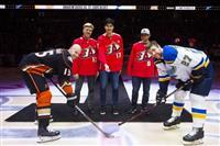 大谷翔平、NHLで始球式 アナハイム本拠地のダックス戦
