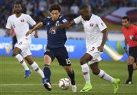 【サッカー日本代表】カタール戦速報(2)日本ボールで試合開始 大迫勇也がオープニングシ…