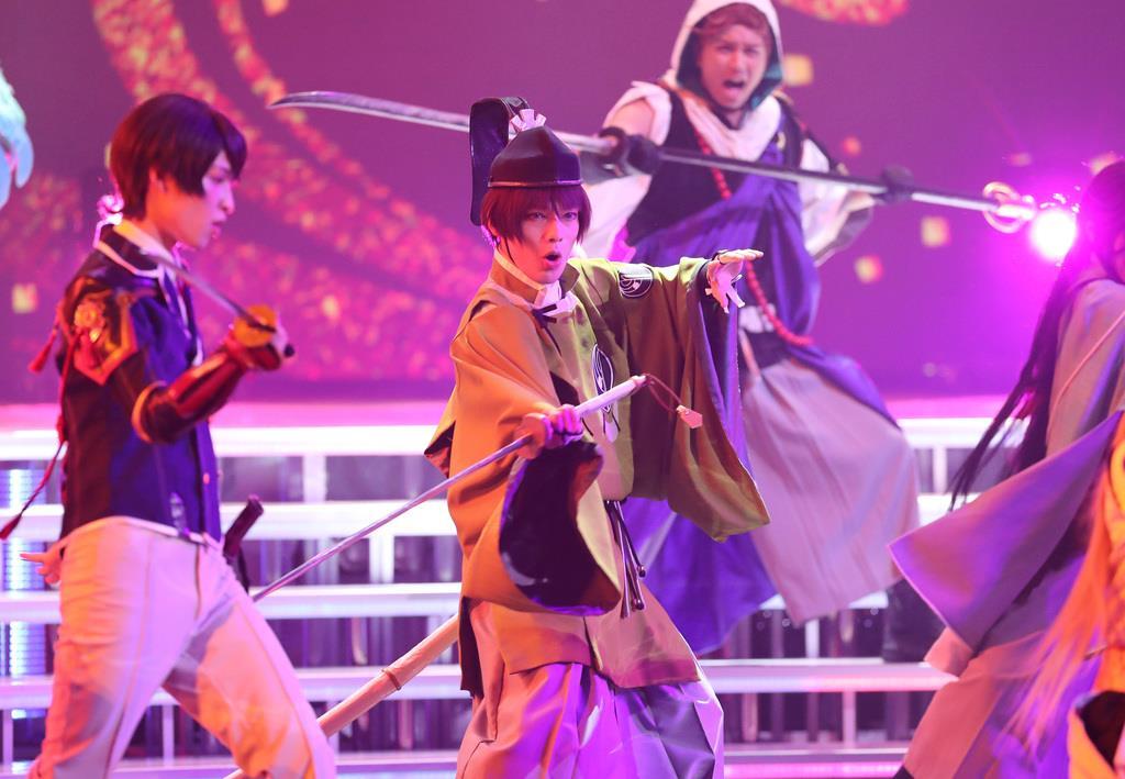 第69回NHK紅白歌合戦のリハーサルに臨む刀剣男士=平成30年12月29日、東京都渋谷区のNHKホール(福島範和撮影)