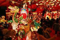 街飾る1.5万個の光 19日まで長崎ランタンフェス