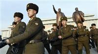 軍創建記念日で市民ら献花 北朝鮮、軍事パレードなし