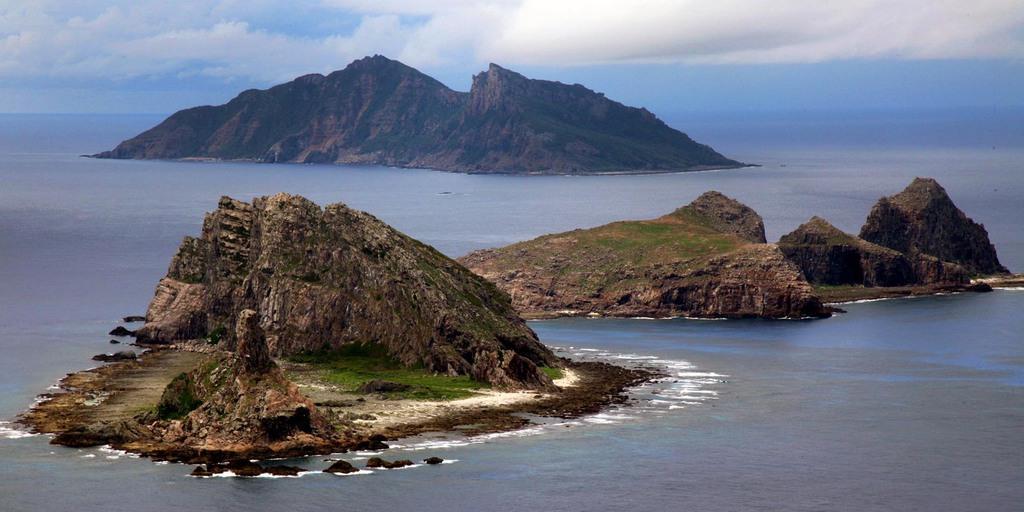 尖閣諸島を含む東シナ海上(鈴木健児撮影)