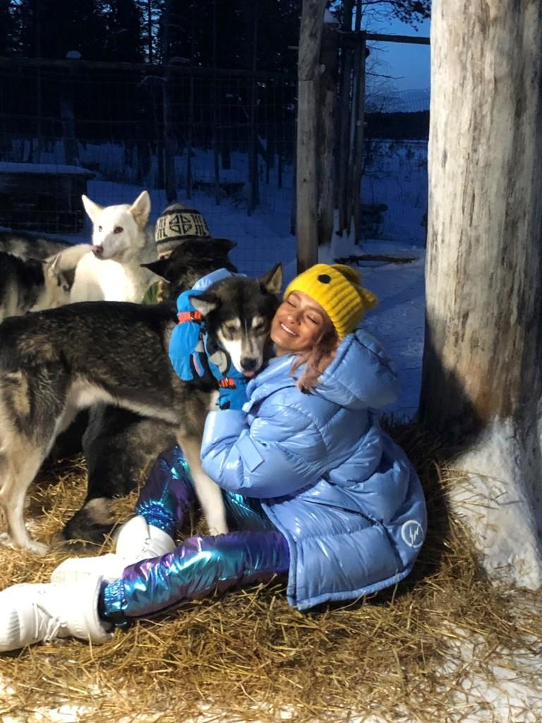 ローラが涙…極寒のフィンランドで保護犬との絆を目撃