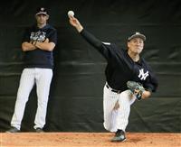 田中、前田が投球練習 イチローは集合日