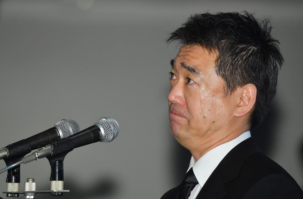 堺屋太一: 堺屋太一さん告別式 「25年の大阪万博に…」と橋下氏涙