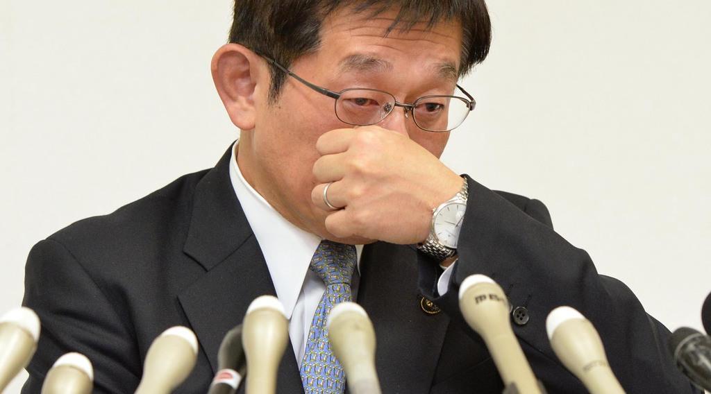 暴言辞職の前明石市長を捜査へ 神戸地検、脅迫罪で告発受理