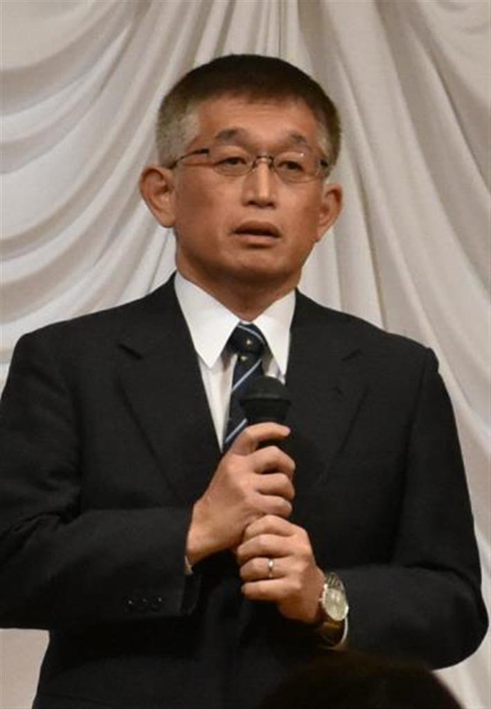 暴言辞職の前明石市長、集会で頭下げ謝罪