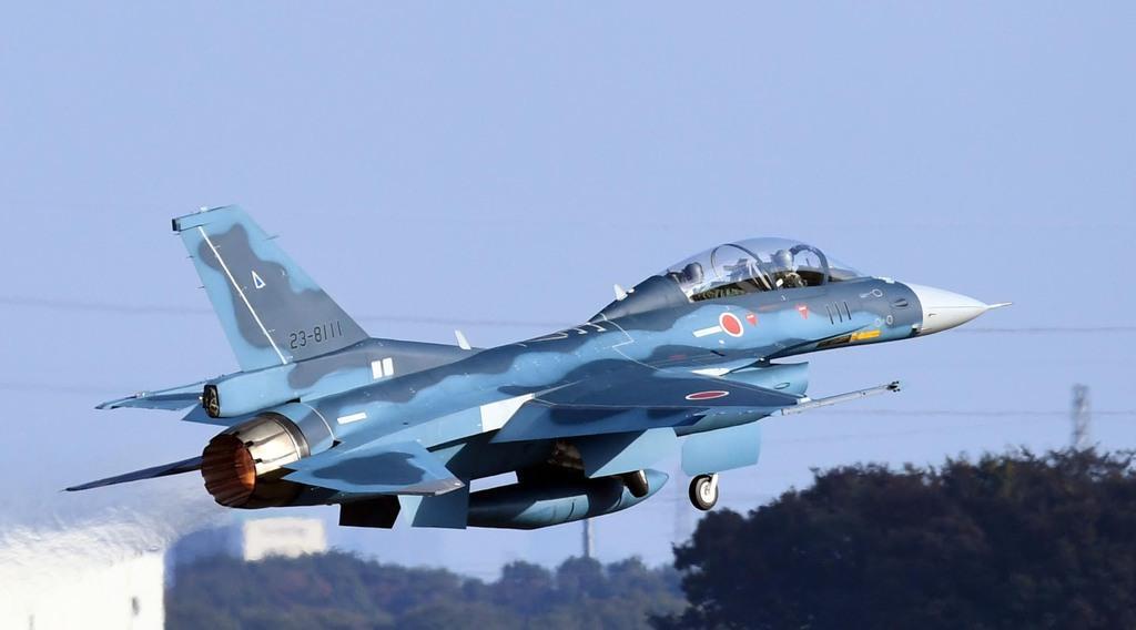 空自F2が墜落か 乗員2人は救助 山口県沖の日本海で