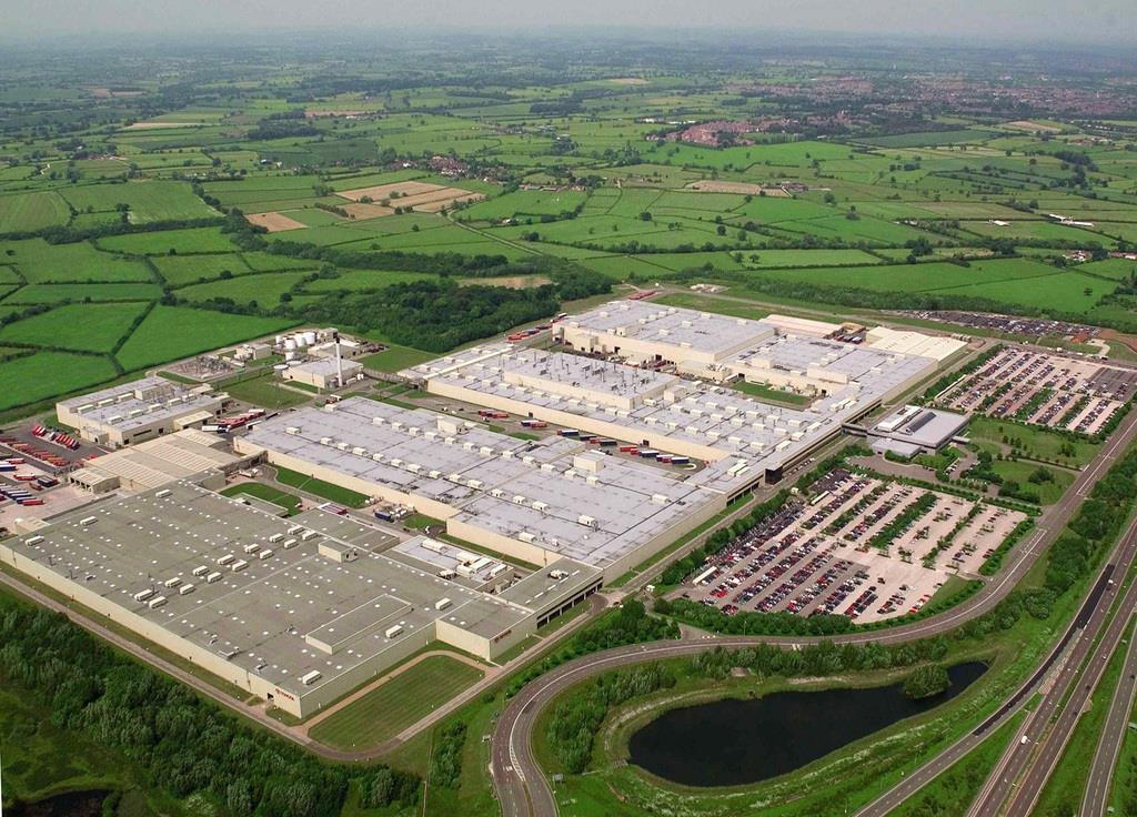 トヨタ自動車のバーナストン工場=英ダービーシャー州