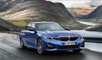 最新テクノロジー搭載、新型BMW3シリーズが東京マラソン2019の先導車に
