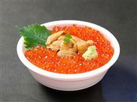 【魚の国 宝の国】注目メニュー(1)プロ目利きの味「いくら&うにの丼ぶり」