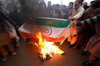 パキスタンが報復空爆 空中戦でインド軍機2機撃墜