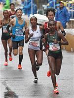 【東京マラソン】女子優勝のアガ、タイムには不満顔「雨でなければ」