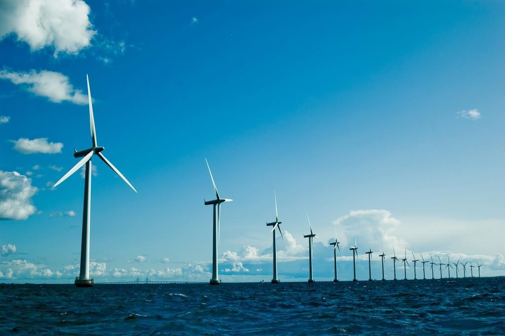 世界 最大 洋上 風力 発電 所 世界最大の浮体式洋上風力発電、160km級の台風直撃するも安定稼働、設...