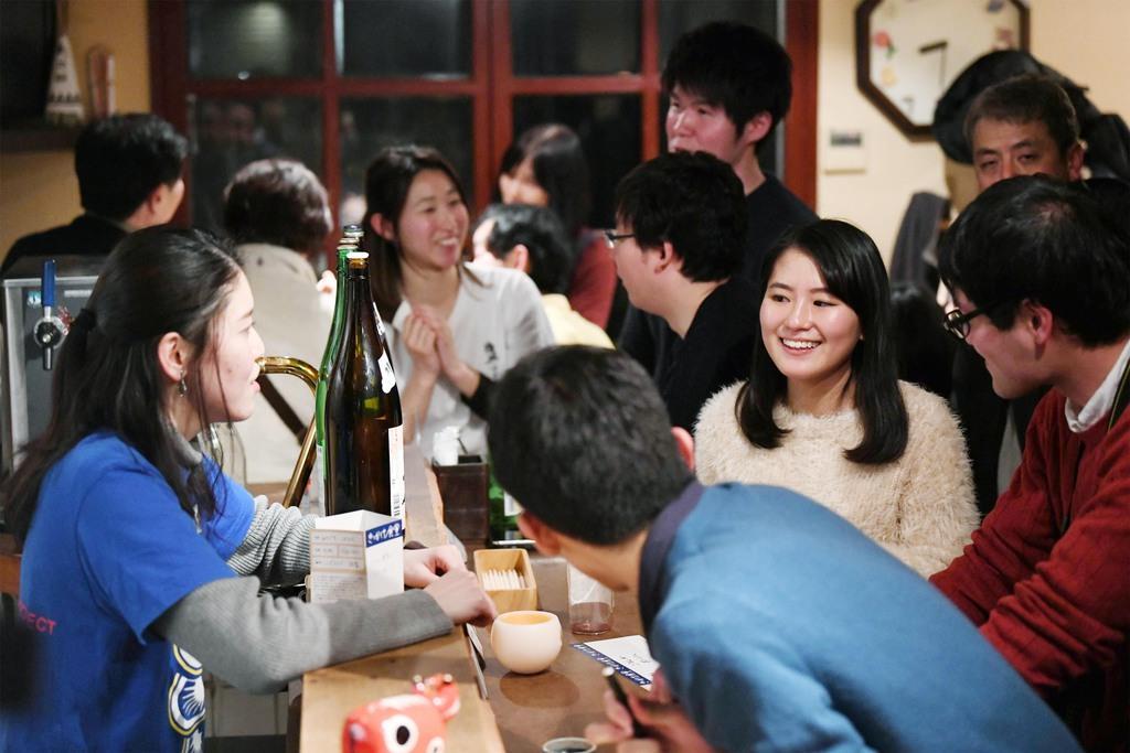 多くの人で賑わうきっかけ食堂=京都市上京区(永田直也撮影)
