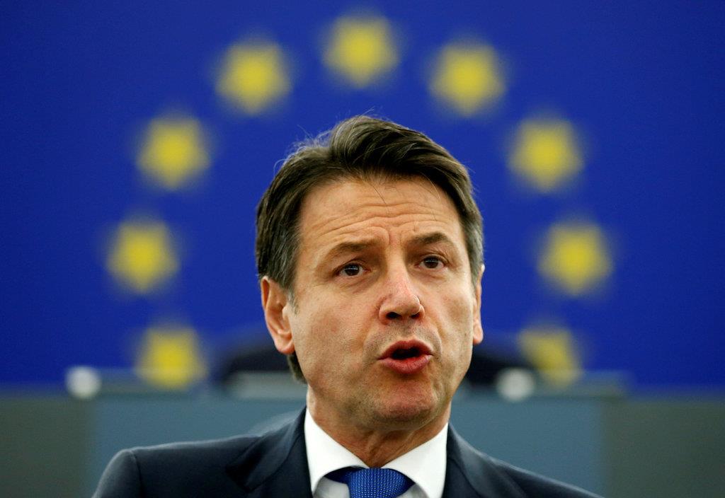 ヨーロッパの未来について、欧州議会に出席し、演説するイタリアのジョゼッペ・コンテ首相=2月12日、仏のストラスブール(ロイター)