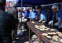 岩手・三陸の味、ホタテ浜焼きに舌鼓 栃木で被災地支援イベント