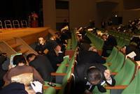 「とちぎ防災の日」フォーラム参加者がシェイクアウト訓練