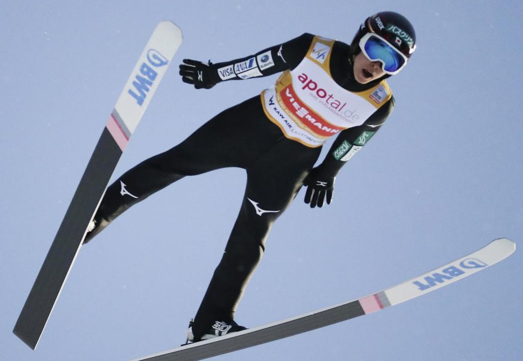 スキー・ジャンプW杯ノルウェー大会で3位に入った小林陵侑(AP)