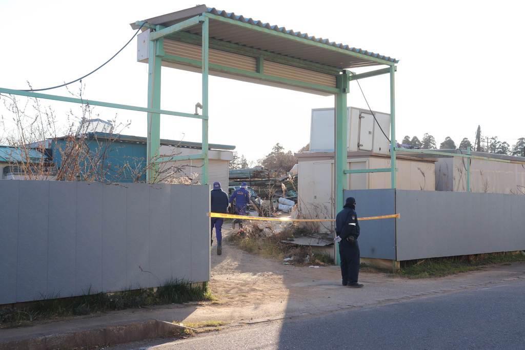 白骨化した遺体が見つかった白井市中の資材置き場=1月22日午後3時40分ごろ(白杉有紗撮影)
