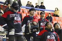 「またリンクに戻って」地元釧路、ファンら声援
