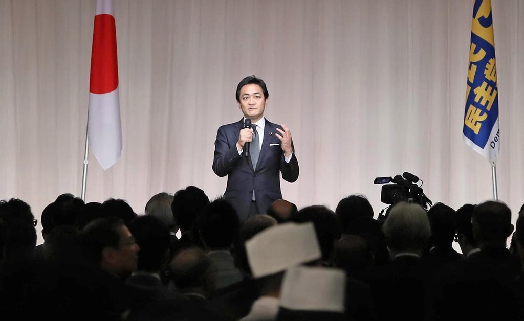 国民民主党のパーティーで挨拶する玉木雄一郎代表=14日午後、東京都港区(萩原悠久人撮影)