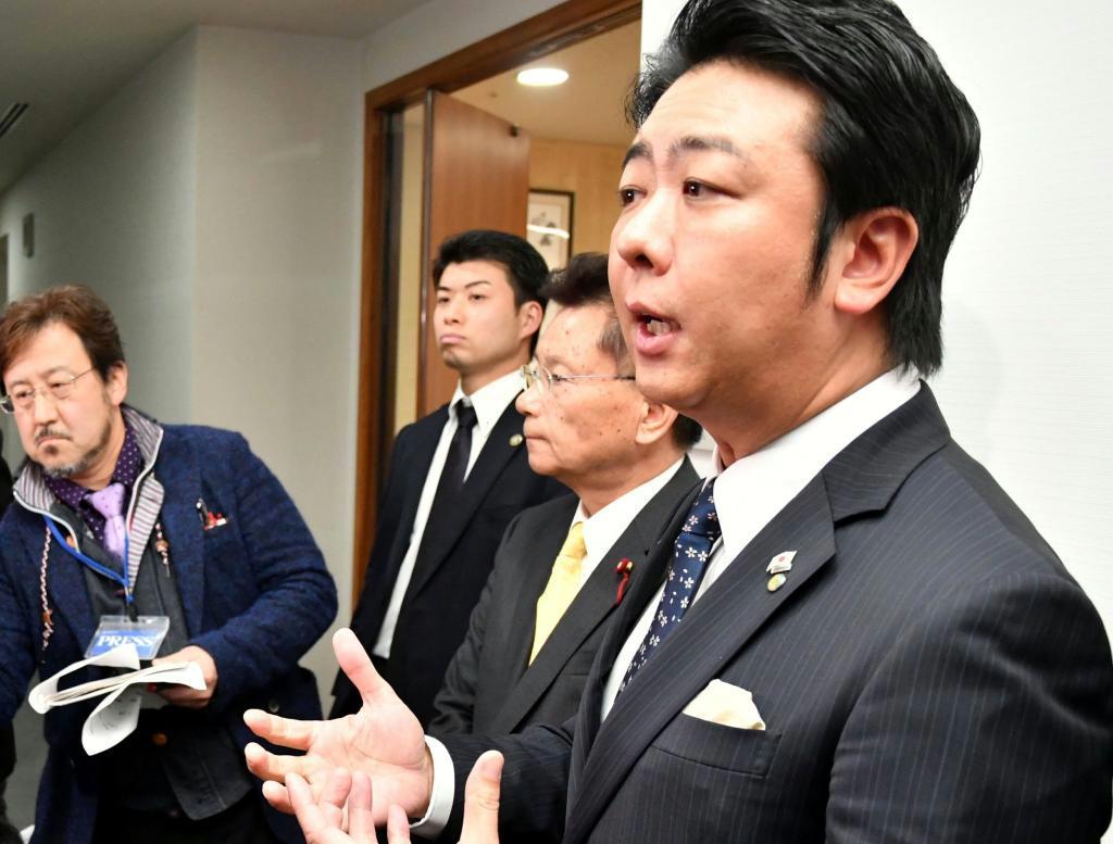 ロープウエー構想を白紙撤回すると発表した福岡市の高島宗一郎市長