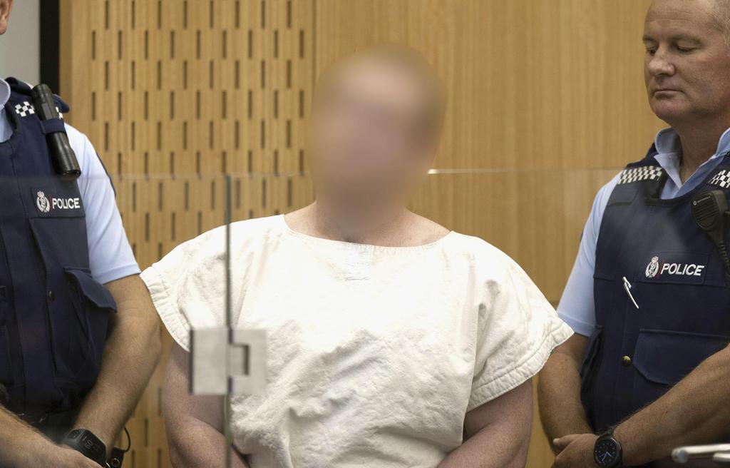 16日、ニュージーランド・クライストチャーチの銃乱射事件で裁判所に出廷したブレントン・タラント容疑者(画像の一部を加工しています)(ゲッティ=共同)
