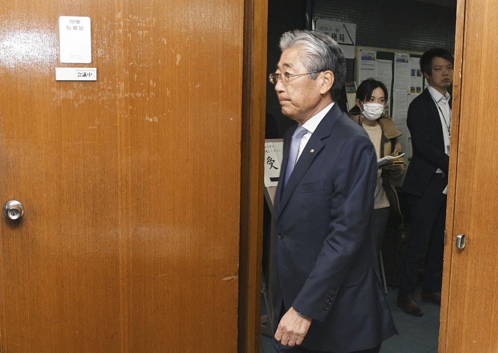 JOC理事会の会場に入る竹田恒和会長=19日午後、東京都渋谷区