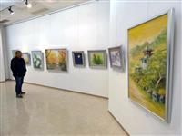 受講生の力作ずらり 淡路日本画セミナー作品展