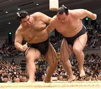 高安、鶴竜を倒し2敗を守る 「思い切って振りかぶって投げた」 大相撲春場所