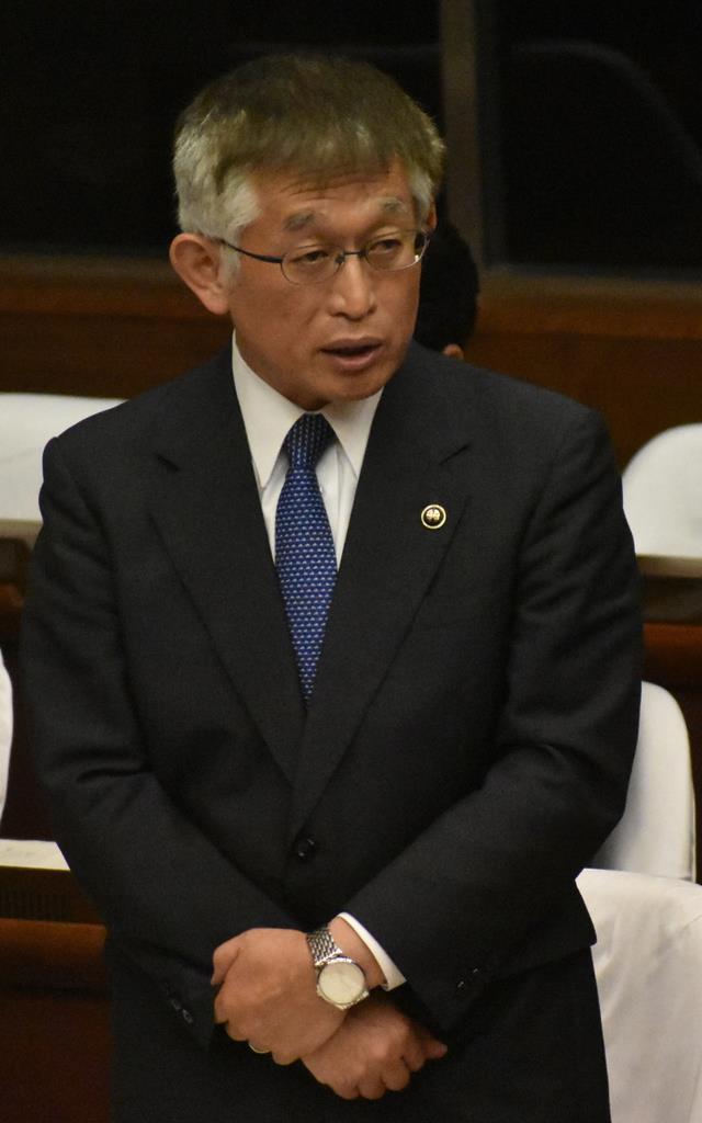 「激高し備品破壊」明石市長、市議会緊急質問で謝罪