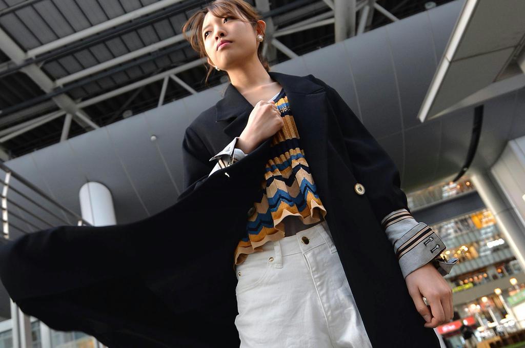 デザイン袖で視覚効果 リボンやプリーツでボリュームを