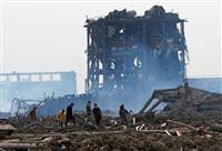 中国江蘇省の工場爆発、死者64人に