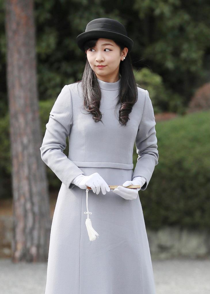 佳子さま、昭和天皇に大学卒業ご報告