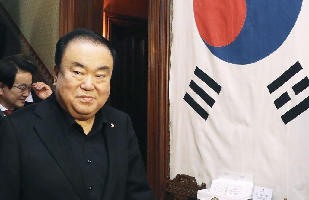 10日、米ワシントンにある大韓帝国時代の施設を訪れた韓国の文喜相国会議長(聯合=共同)