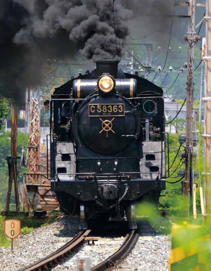 秩父鉄道が運行するSL「パレオエクスプレス」(秩父鉄道提供)