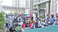 「翔んで埼玉」の都庁前ロケの舞台裏 3日間の道路完全封鎖の迫力