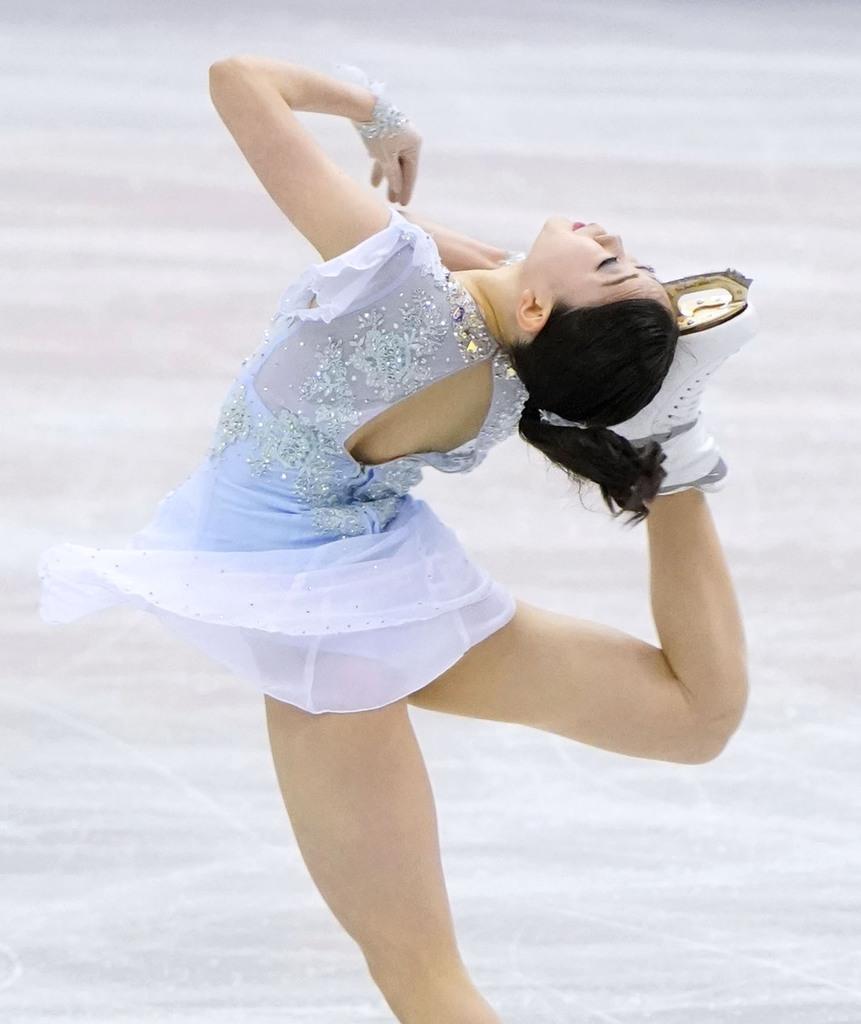 女子SPで1位の紀平梨花の演技=マリンメッセ福岡
