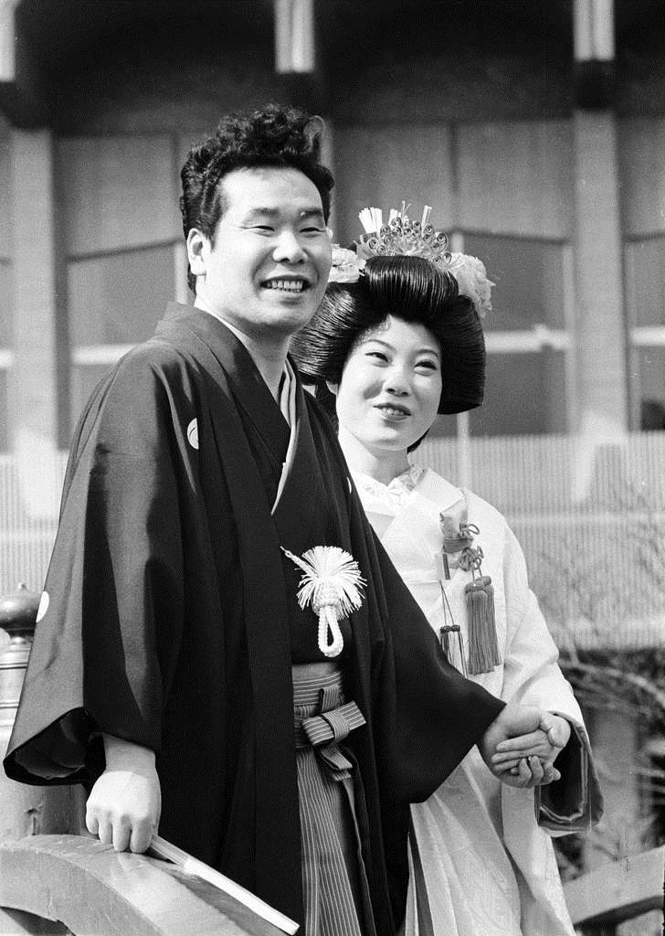 失恋続きの車寅次郎を演じた渥美清は昭和44年、実生活で結婚式を挙げた