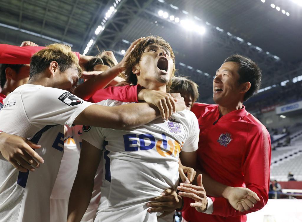 広島が首位キープ、FC東京も快勝 サッカーJ1