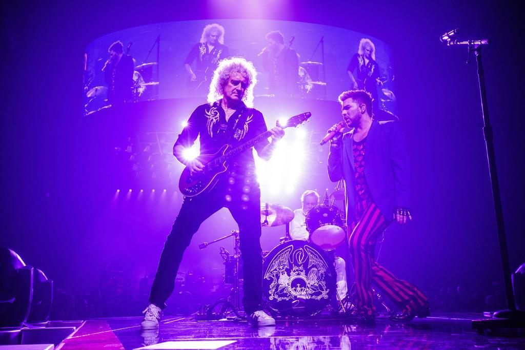 日本公演を行う英ロックバンド「クイーン」