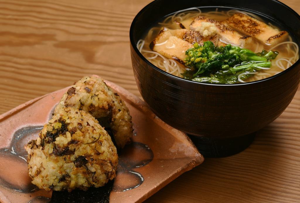 焼きおにぎりと野菜煮麺