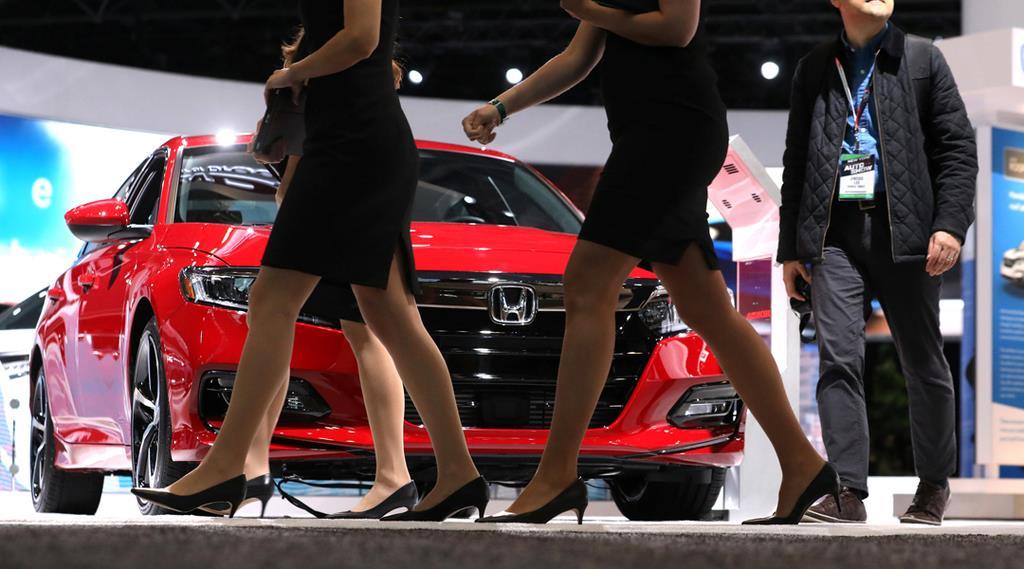 ニューヨーク国際自動車ショーで展示されるホンダ車=17日、ニューヨーク(ロイター)