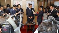 萩生田氏「増税延期も」発言の余波 ダブル選への警戒広がる