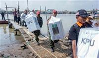 「過労のため」開票作業で300人以上死亡 インドネシア大統領選