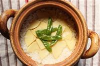 【料理と酒】タケノコの土鍋ごはん おにぎりにもお薦めです