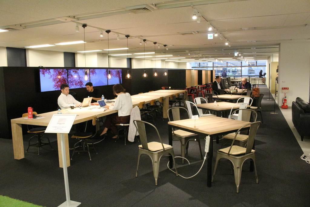 ふくおかフィナンシャルグループが開設したサテライトオフィス=東京都中央区(林修太郎撮影)