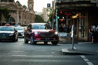 日本未導入! マツダ CX-9にオーストラリアで乗る--立派であることのマルとバツとは…